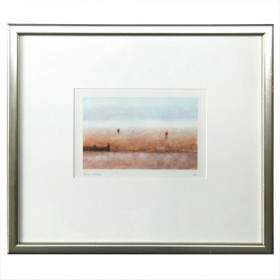Beach with figures (3 fig)