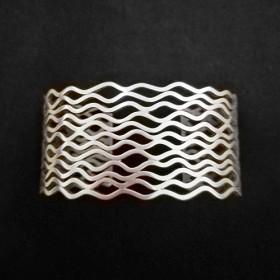 Luxe relatiegeschenken van Artihove - Dopp, armband kleine golven - YOLM000010