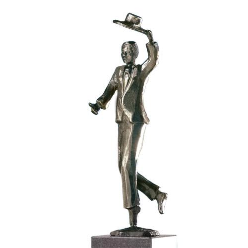 Luxe relatiegeschenken van Artihove - Sculptuur Chapeau! - 015792MSLQ kopen in de Artihove sculpturen shop - 015792MSLQ