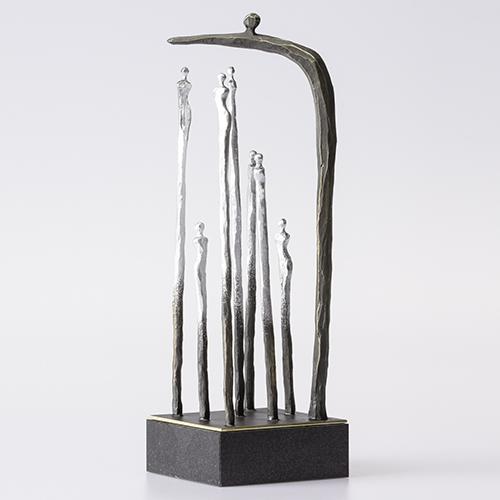 Luxe relatiegeschenken van Artihove - Sculptuur - Verbronsd - Beschermende zorg - 018694MSL kopen in de Artihove sculpturen shop - 018694MSL
