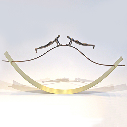 Luxe relatiegeschenken van Artihove - Sculptuur - Verbronsd - Op de juiste golflengte communiceren - 018854MSLQ kopen in de Artihove sculpturen shop - 018854MSLQ
