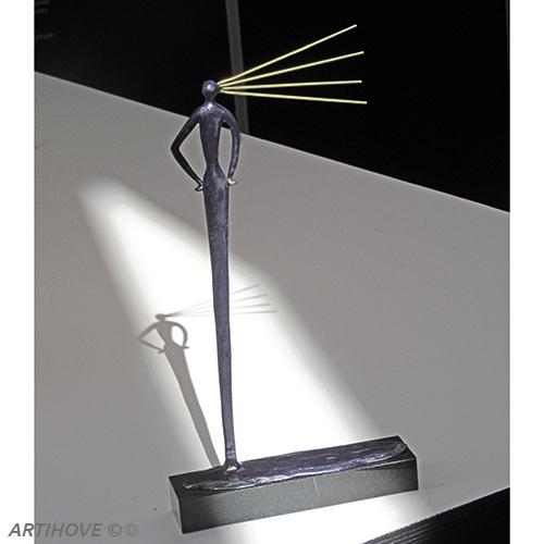 Luxe relatiegeschenken van Artihove - Sculptuur - Brons - Een stralend vooruitzicht - 018911MSB kopen in de Artihove sculpturen shop - 018911MSB