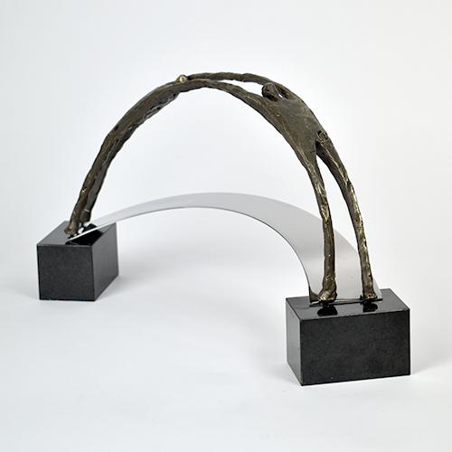Luxe relatiegeschenken van Artihove - Sculptuur - RVS, verbronsd - Realistische bruggenbouwers - 019304MSL kopen in de Artihove sculpturen shop - 019304MSL