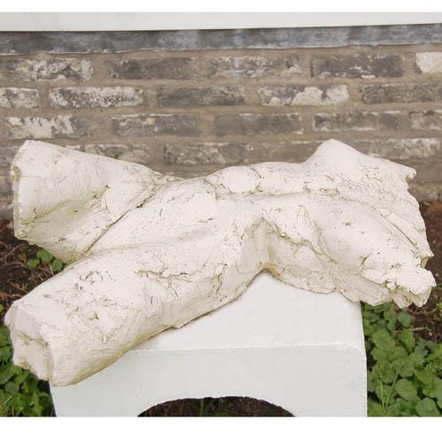 Luxe relatiegeschenken van Artihove - Sculptuur - Keramiek - Ad haring, torso liggend - ADH000107 kopen in de Artihove sculpturen shop - ADH000107