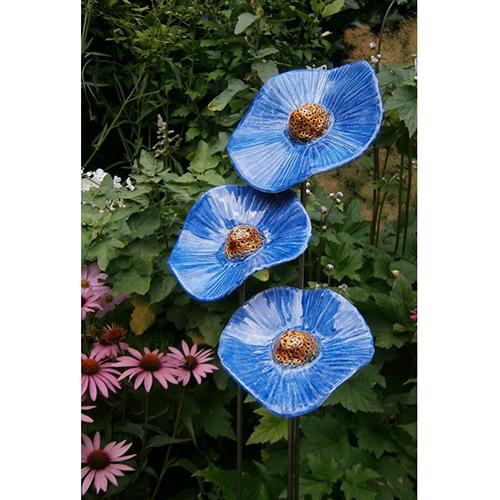 Luxe relatiegeschenken van Artihove - Geschenk Jongejan, set van 3 klaprozen blauw - HILM005040 kopen van Artihove | Keramische sculpturen - HILM005040