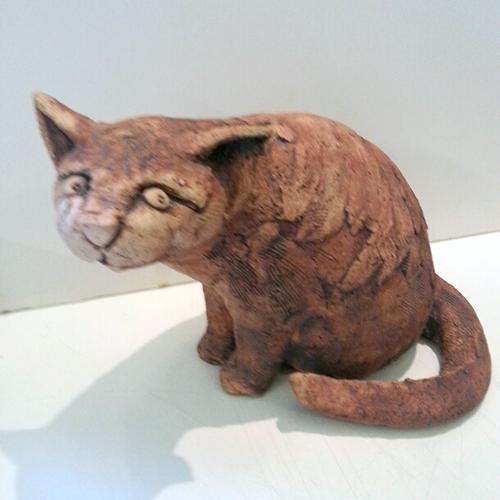 Luxe relatiegeschenken van Artihove - Sculptuur - Keramiek - Carla teer, bedoel je mij? - TEC001037 kopen in de Artihove sculpturen shop - TEC001037