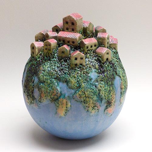 Luxe relatiegeschenken van Artihove - Geschenk Van der wel, huizenbol - WELM001036 kopen van Artihove | Keramische sculpturen - WELM001036